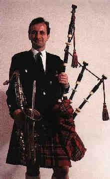 Bagpiper, London, Kent, Surrey,Berkshire, Herts (PiperLN)